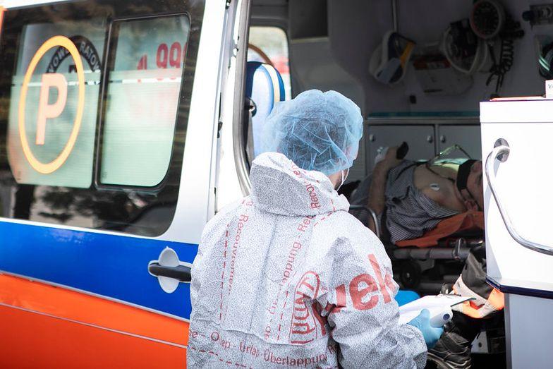 Koronawirus w Polsce. 150 chorych bez opieki. Trwa ewakuacja ośrodka w Czernichowie