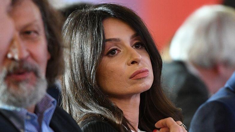 Marta Kaczyńska zachwyca się publicznym przedszkolem na łamach prawicowej prasy. Sama posłała córki do prywatnej szkoły...