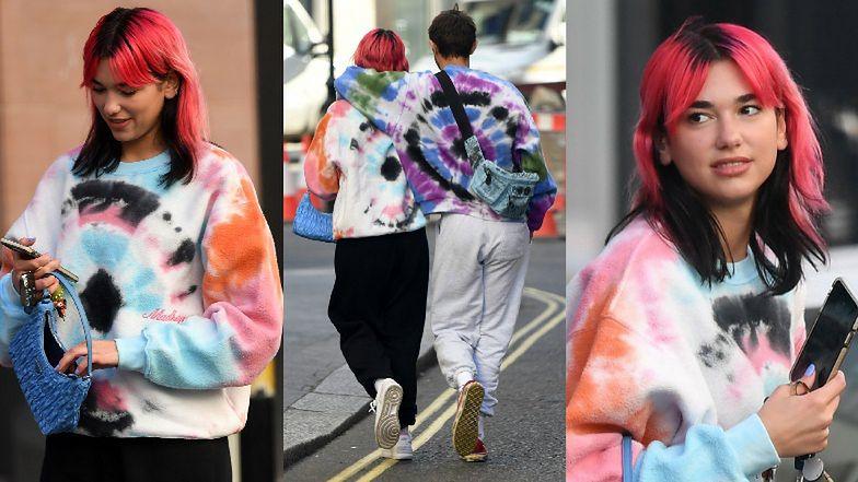 Zakochana Dua Lipa w różowych włosach spaceruje z bratem Gigi i Belli Hadid po ulicach Londynu (FOTO)