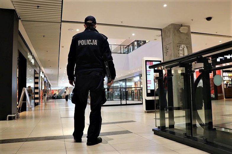 Polacy się przestraszyli. Maseczki i dezynfekcja to już nowa normalność. Najnowszy raport money.pl