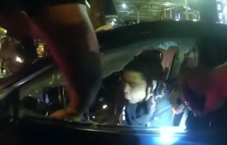 Policjanci potraktowali studenta paralizatorem.