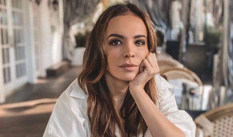"""Romantyczna Anna Wendzikowska chwali się zdjęciem z narzeczonym. Fani: """"Wasza bajka ma SZCZĘŚLIWE ZAKOŃCZENIE"""" (FOTO)"""