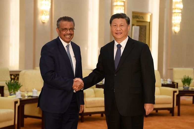 Szef WHO Tedros Adhanom Ghebreyesus i prezydent Chin Xi Jinping