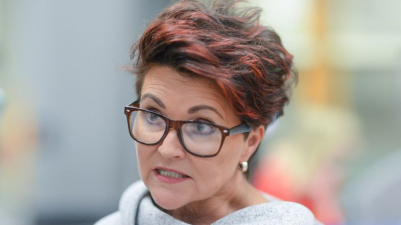 """Odtajniono materiały CBA. Jolanta Kwaśniewska opowiada, jak została oszukana przez fryzjera: """"Facet PODROBIŁ MÓJ PODPIS!"""""""