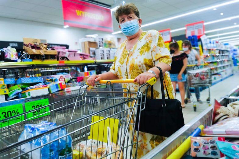 Rewelacyjne promocje Biedronki i Lidla. Świetne ceny na masło, mięso i warzywa