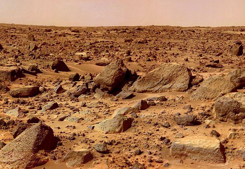 Odkryli jeziora na Marsie. Jest jeden problem