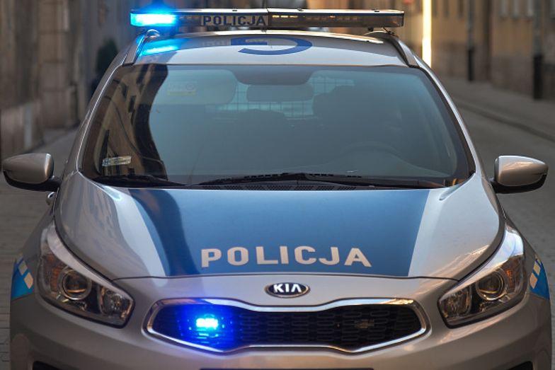 Dramatyczna walka z czasem. Policjanci eskortowali chore dziecko 70 km
