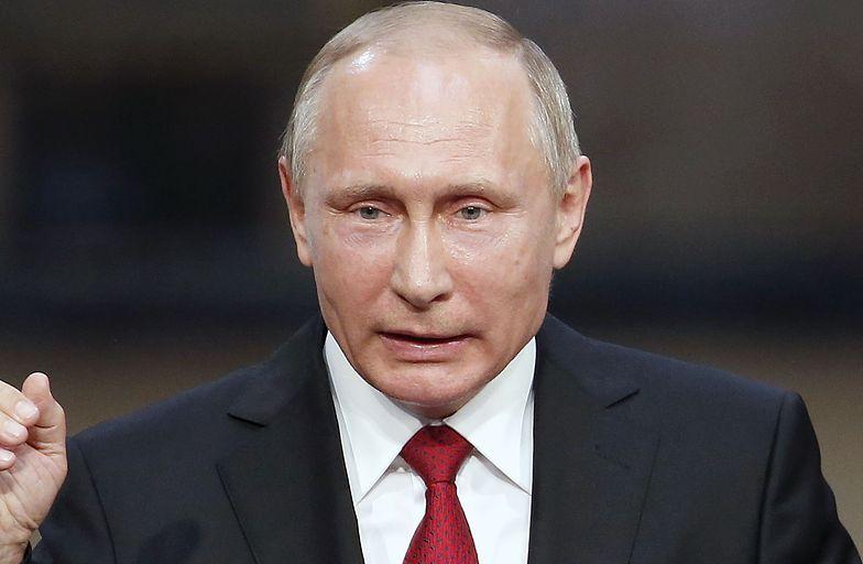 Putin skrytykował urzędników za późną reakcję po wycieku oleju napędowego
