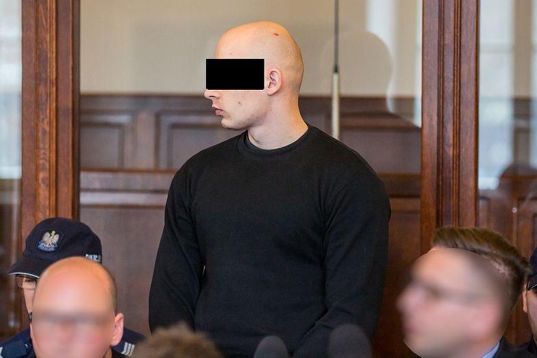 Nie chciał dziecka. Jego zbrodnia wstrząsnęła Polską. Eryk J. z wyrokiem