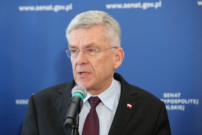 Stanisław Karczewski chwali się wnukiem. Przeliczył już, ile dostanie z 500+