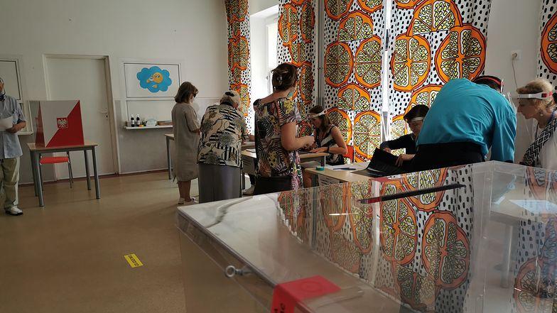 W Krynicy-Zdroju i Zakopanem liczba chętnych do głosowania przekroczyła oczekiwania organizatorów.