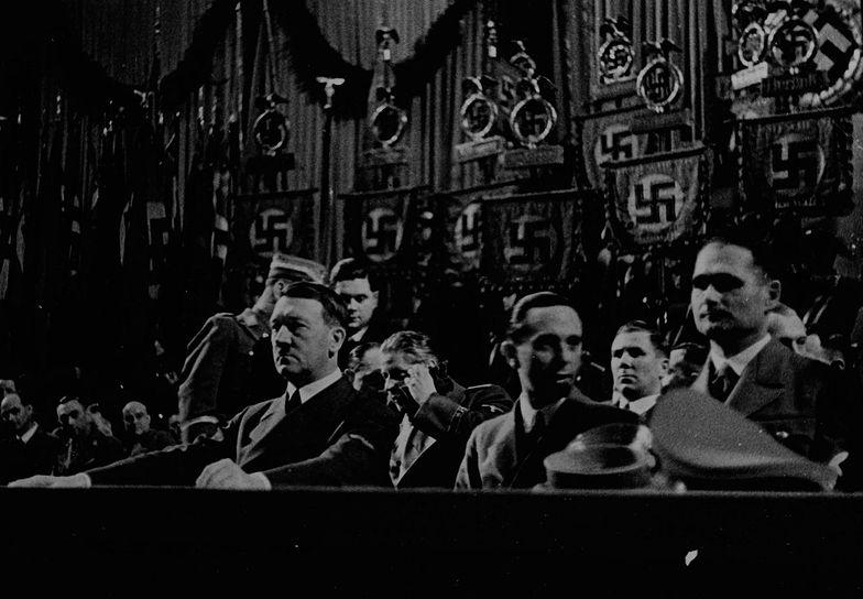 Polak jako pierwszy przesłuchał zastępcę Adolfa Hitlera. Jak do tego doszło?