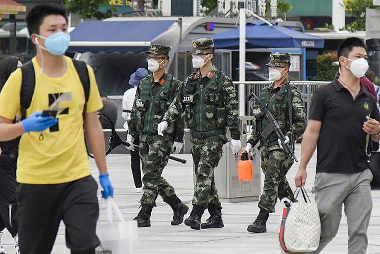 Władze Wuhan nakazały mieszkańcom przejść testy na obecność koronawirusa