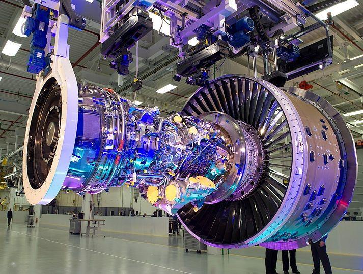 Ponad 200 osób straci pracę w polskich fabrykach UTC, zajmujących się produkcją części lotniczych. Na zdjęciu silnik lotniczy