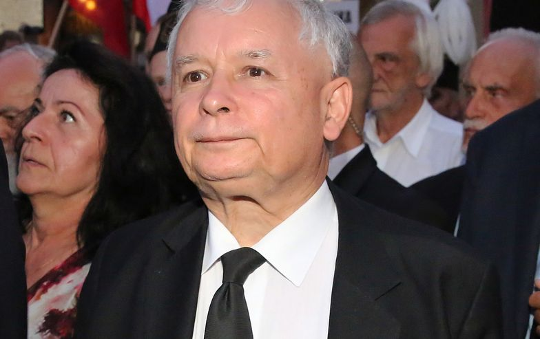 Incydent pod domem Kaczyńskiego. Zebrano grubą kasę