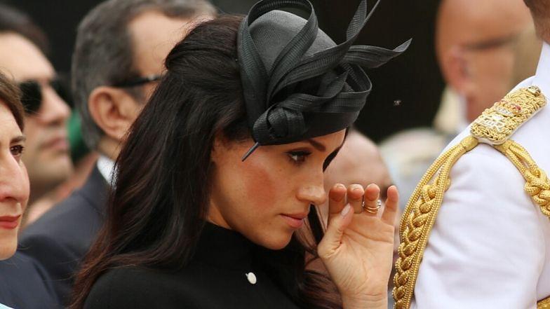 """Rozemocjonowana Meghan Markle pożegnała się z życiem księżnej. Świadkowie donoszą: """"Smutek był wyczuwalny"""""""