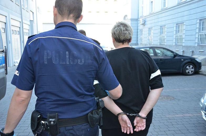 Pracownica kantoru ukradła z kasy... pół miliona złotych. Policja już ją zatrzymała