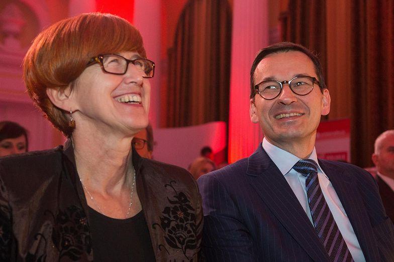 Minister Rafalska swoja popularność zawdzięcza entuzjazmowi Polaków odnośnie zasiłków