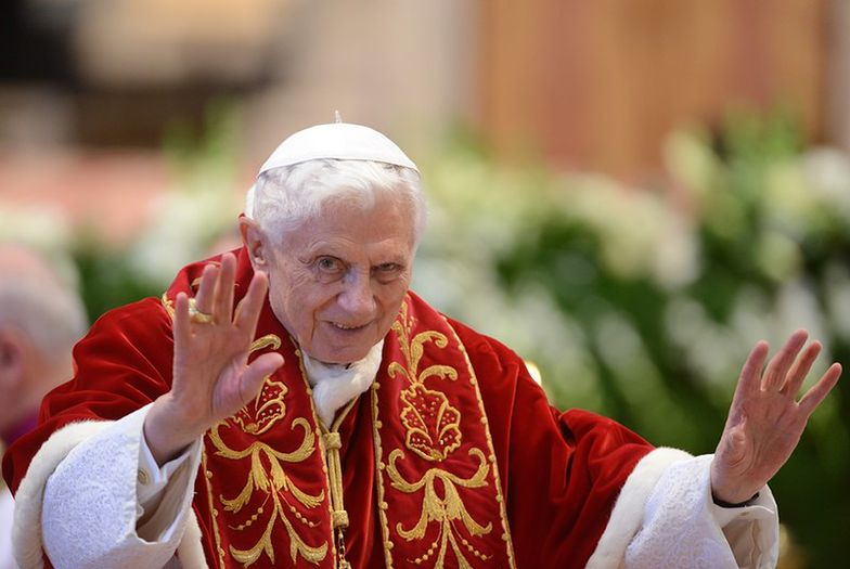 """Abdykacja Benedykta XVI. """"La Repubblica"""": """"Rewolucyjny akt"""" papieża"""