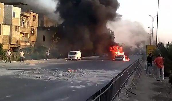 Walki w Syrii. Dziesiątki ofiar po ataku na kwaterę główną policji
