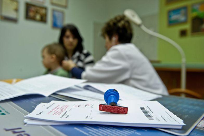 ZUS ogranicza lekarzom liczbę bloczków ze zwolnieniami