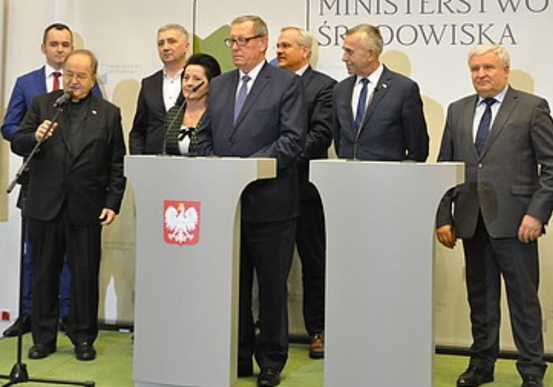 W wydarzeniu wzięli udział m.in. minister środowiska Jan Szyszko i ojciec Rydzyk
