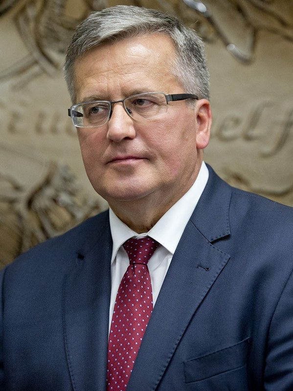 Reforma OFE. W Sejmie pośpiech, a Bronisław Komorowski pauzuje
