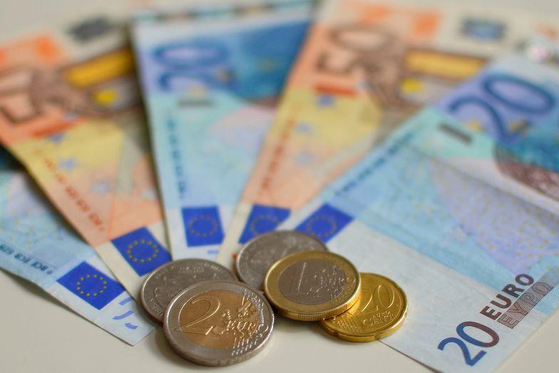 Miliardy euro uniknęły fiskusa. Dzięki tajnym układom