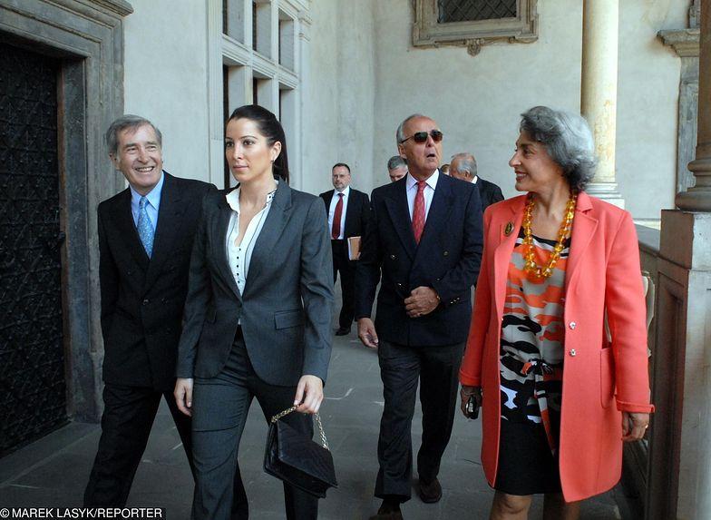 Według Tamary Czartoryskiej przed transferem pieniędzy do Liechtensteinu Czartoryscy próbowali wyprowadzić pieniądze do Cypru i Libanu.