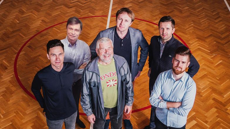 Od góry: Stanisław Fiedor, Paweł Strykowski, Kamil Bargiel, Łukasz Kostka, Kazimierz Polak, Sebastian Maśka.
