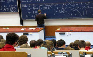Rząd przyjął założenia do nowelizacji Karty Nauczyciela