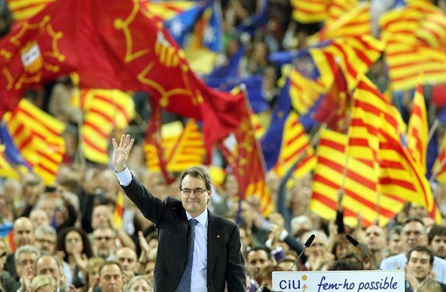 Wybory w Katalonii porażką Masa. Prasa bezlitosna