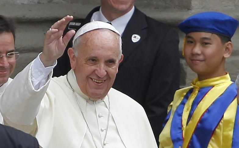Papież Franciszek: katolicy nie muszą być jak króliki