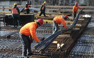 Bezrobocie nawet 14,5 procent. Te branże będą zwalniać