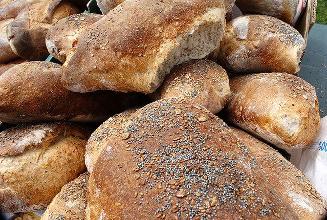 Mafia we Włoszech. W Neapolu rynek zalewa nielegalny chleb