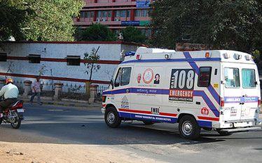 Indie: Zmarła ofiara brutalnego gwałtu. Premier podejmie działania