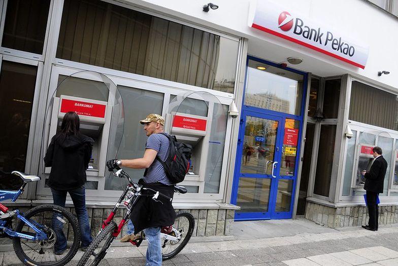 Bankowość Pekao przenosi się do internetu, ale nie ma mowy o rezygnacji z placówek