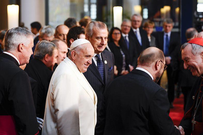 Watykan poszukuje wolontariuszy. Zapisy już trwają