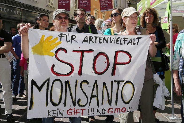 Monsanto często jest na świecie krytykowany za swe zmodyfikowane genetycznie produkty.
