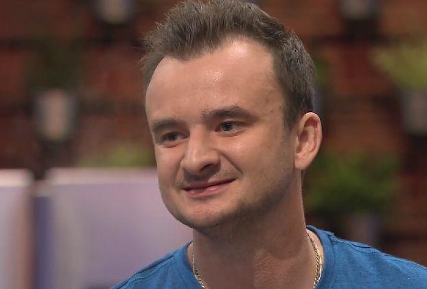 """Rafał Zawierucha ma 23 rodzeństwa. Jego brat wyznaje: """"Ziemniaki kupujemy na tony"""""""