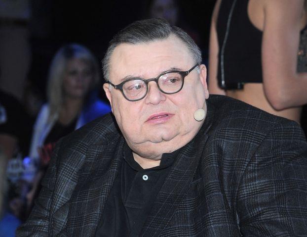 """Wojciech Mann o pracy w Trójce: """"TERAZ JEST TAK JAK ZA KOMUNY. Politycy sprzedają śmierdzący towar, żeby załatwić swoją sprawę"""""""