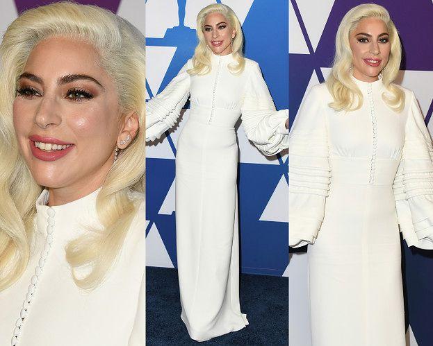 Lady Gaga chwali się nieruchomym czołem i ascetyczną suknią