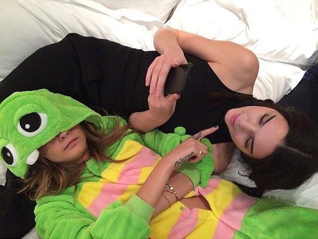 """Kendall Jenner odważnie wyznaje: """"NIE JESTEM LESBIJKĄ! Nie mam nic do ukrycia!"""""""