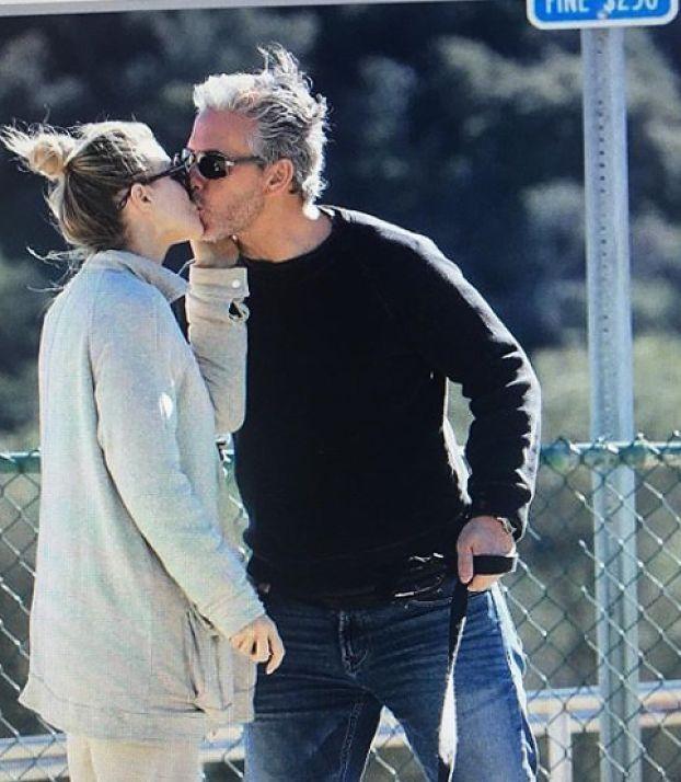 """Romantyczna Joanna Krupa świętuje drugą rocznicę związku: """"Poznaliśmy się w PARKU DLA PSÓW"""""""