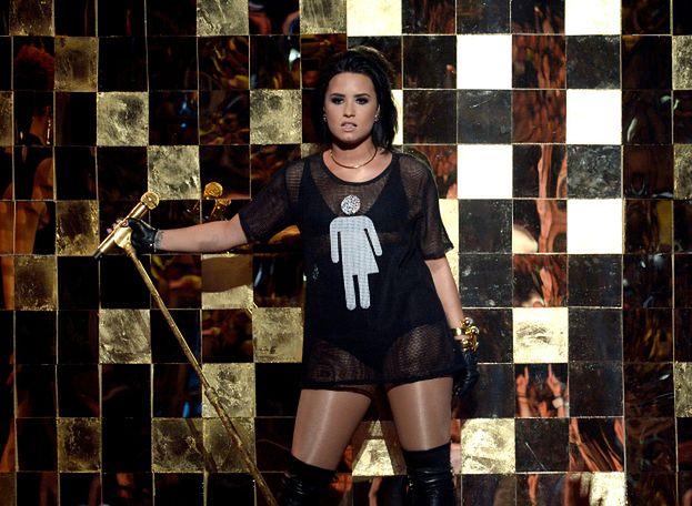"""Znajomi Lovato BYLI PRZYGOTOWANI na przedawkowanie heroiny! """"Mieli przy sobie Narcan, zniknęli przed przyjazdem karetki"""""""