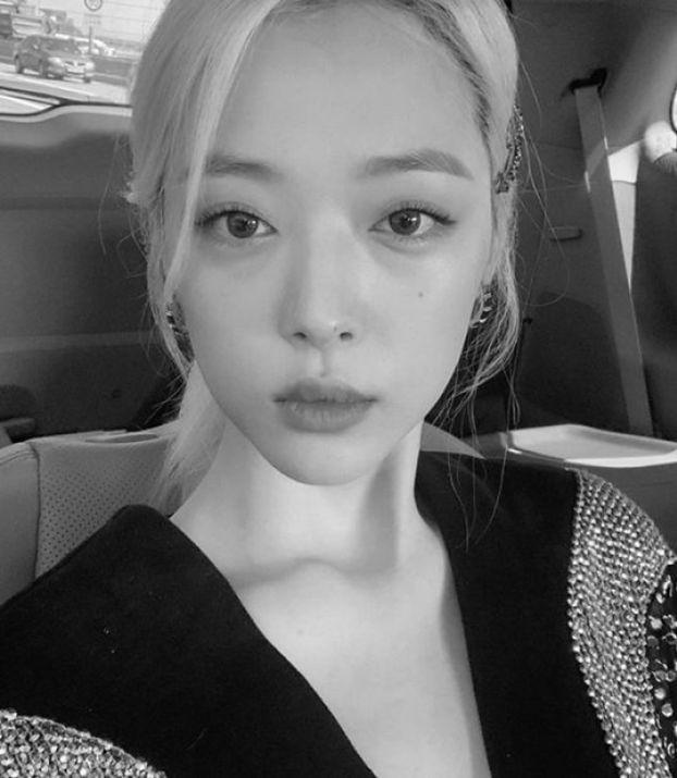 Sulli, gwiazda k-popu nie żyje. Została znaleziona martwa