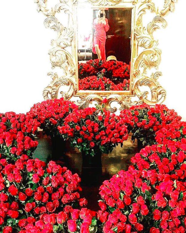 """Przetakiewicz dostała 1001 róż od ukochanego. """"Panowie, inspirujcie się!"""""""