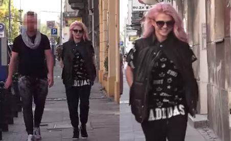 Margaret w różowych włosach