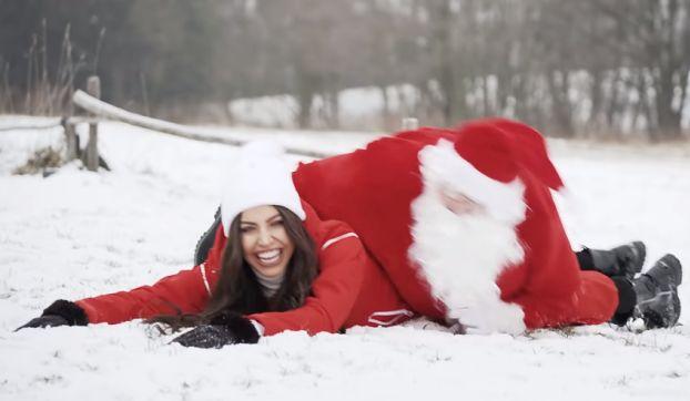 """Uczestniczka """"Top Model"""" MASAKRUJE świąteczny hit Mariah Carey. Internauci: """"Trzecia siostra Godlewska?"""""""