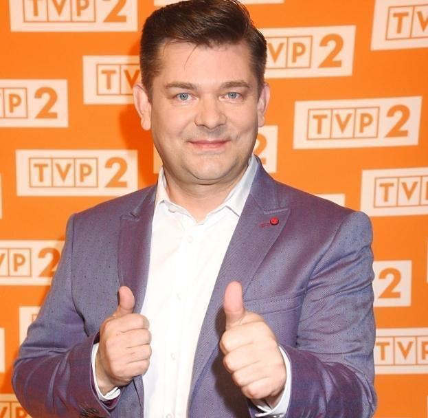 Zenek Martyniuk też jedzie do Brukseli. Po garnitur...